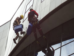 Cleaning windows and other vertical surfaces